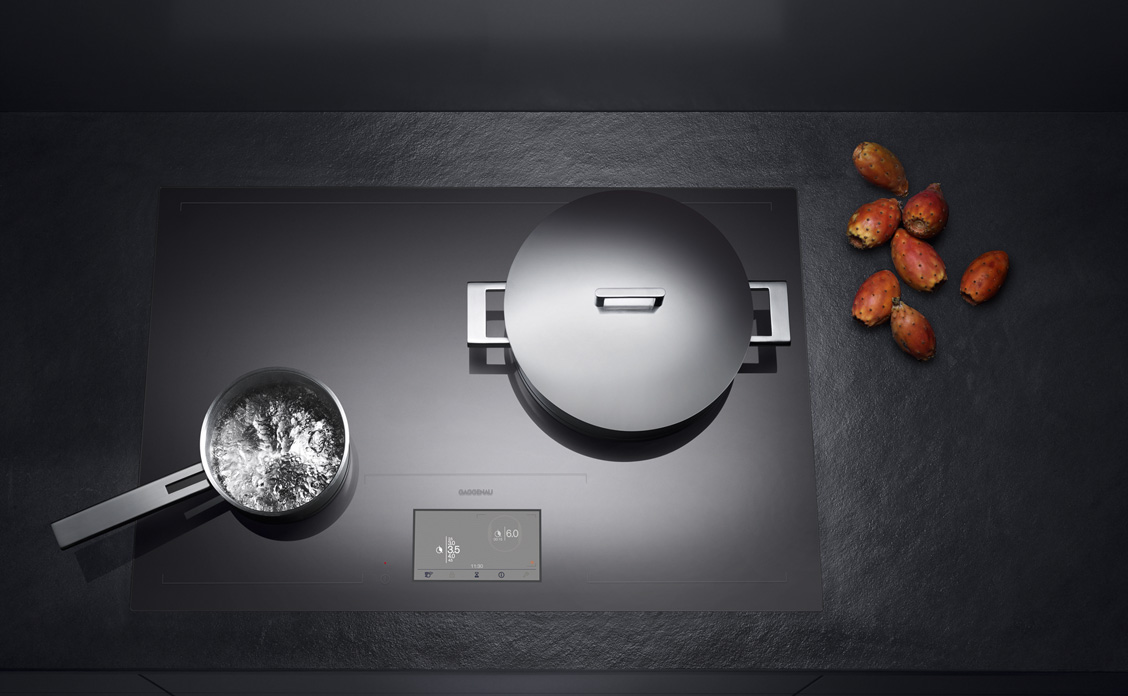 Energie_20_Gaggenau_2011_Full_surface_induction_cooktop_CX_480_01